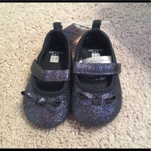 NWT Carter's Blue Crib Shoes Size 3-6 months